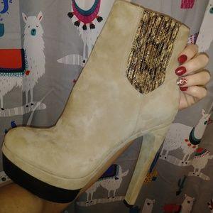 Rachel Zoe suede sex-omfy boots